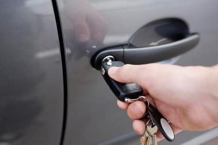 Сколько стоит поменять замки на машине